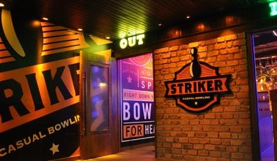 barra-bowlling-striker