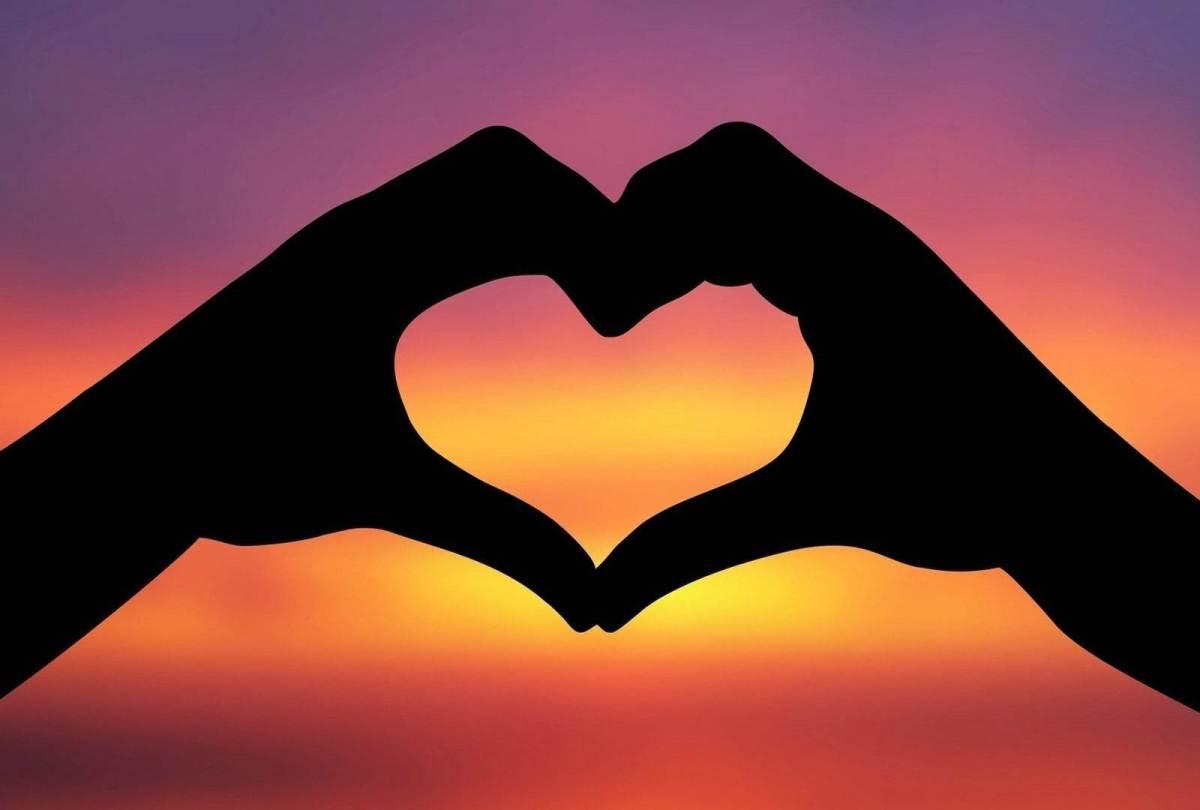 O amor e tudo que eleé